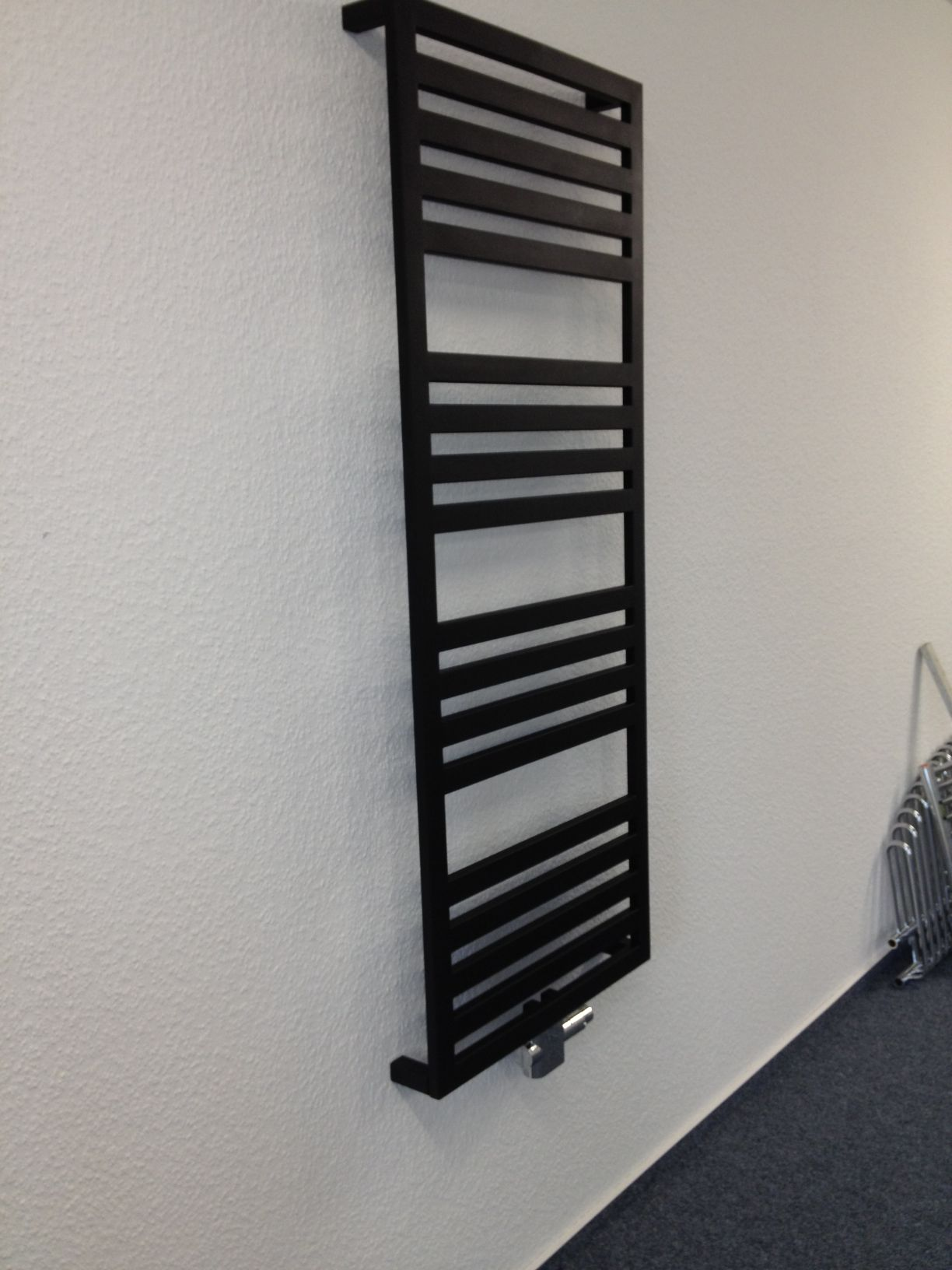MERT Design Radiator MELIKE, 600*1530 Mm, Center Connection, ANTHRAZIT